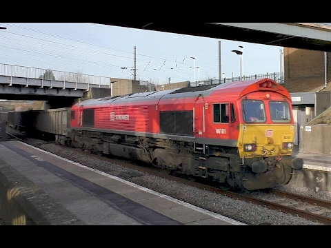 Class 66 hauled fly ash trains passing Retford Low Level 21s…
