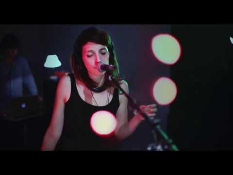 MOVEONOUT - Inside (live)