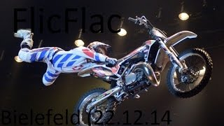 preview picture of video 'Zirkus FlicFlac (Bielefeld) - Stille Nacht eilige Nacht | Motorrad Stunts'