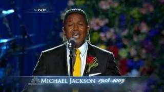 Jermaine Jackson tearfully performs ' Smile ' at the memorial for his brother