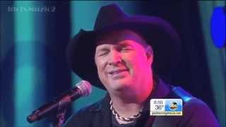 Garth Brooks Performs Mom From Man Against Machine on GMA