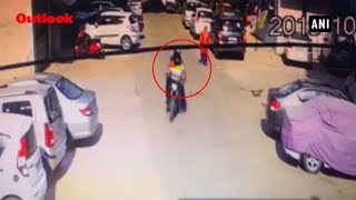 Two Bike Borne Men Snatch Bag From Woman In Delhi, Culprits Arrested