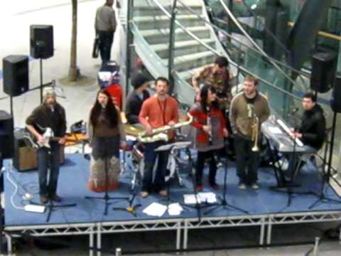 NI SOUL TROOP @ VICTORIA SQUARE