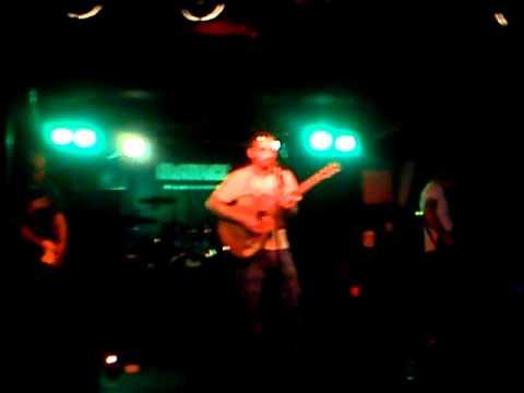 Two codes future - No Codes Future - Hate Your Time (live, Matrix Club, 06/2013)