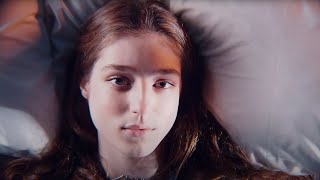 Birdy - Keeping Your Head Up [Official]