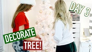 DECORATE MY CHRISTMAS TREE WITH ME! - VLOGMAS DAY 3!