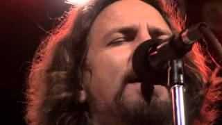 Eddie Vedder - Hard Sun (Water on the Road)