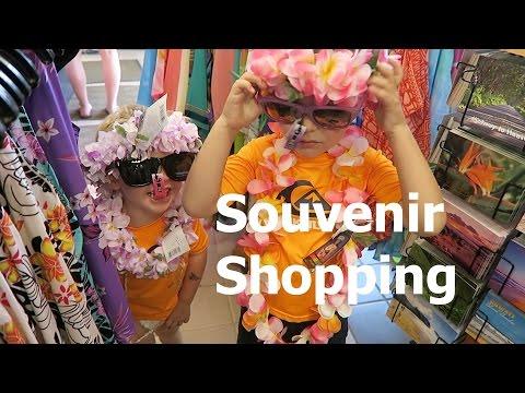 Video Kauai, Day 5, Souvenir Shopping