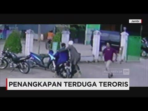 Detik-detik Penangkapan Terduga Teroris oleh Densus 88 di Jambi