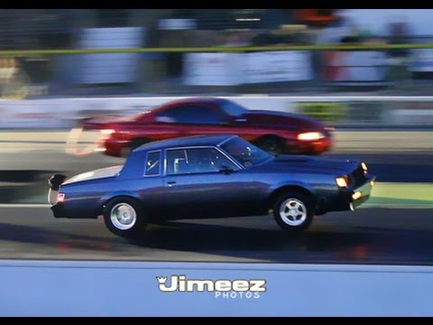 Mustang vs Buick Regal Drag Race
