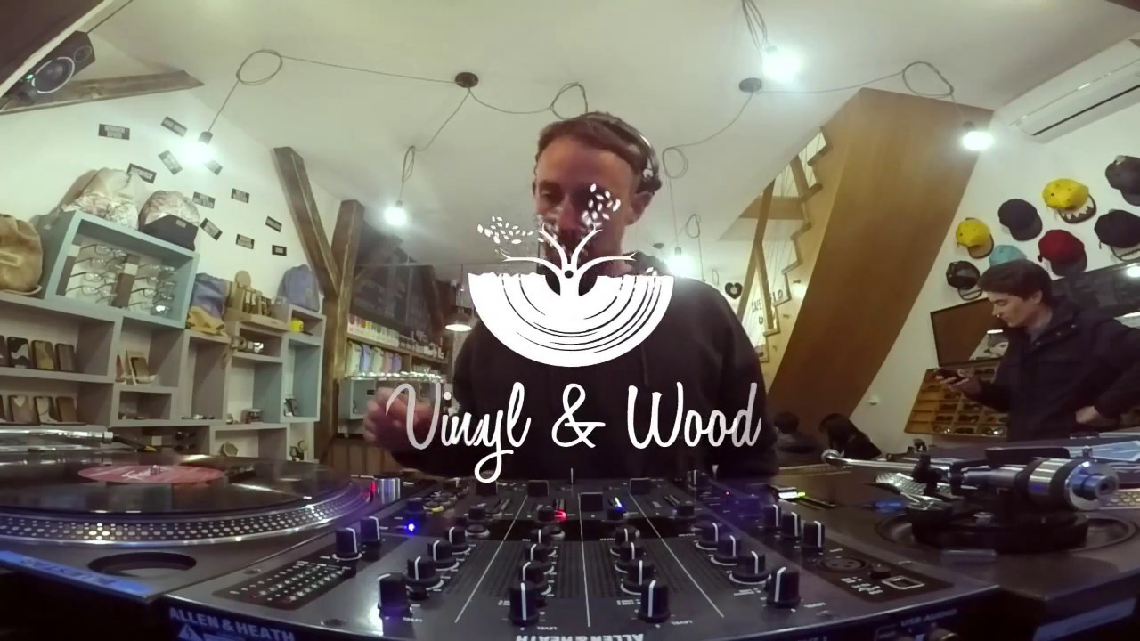 Fabe - Live @ Instore Session x VINYL & WOOD before x LÄRM x Lost Minute x Room 15 2017