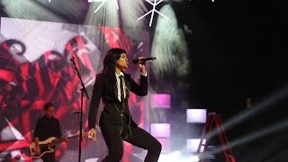 """Fefe Dobson Performs """"Charge"""" & """"Ghost"""" (The Big Jingle 2013)"""