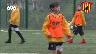 scuolacalcio-allenamento-sotto-la-pioggia-per-i-giallorossini