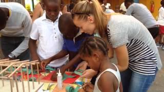 preview picture of video 'PATRIMONIO KIDS: Bienvenidos a los talleres en Bata. Guinea Ecuatorial!!!!'