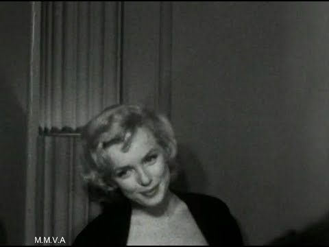 """Footage of Marilyn Monroe in NYC 1956 - """"I'm Going To Retire To Brooklyn"""" Radio  Interview 1955"""