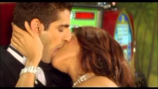 Mallika Sherawat Kissing Scene - Kis Kis Ki Kismat - Romantic Lip Lock