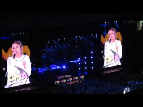 Carly Pearce - Hide The Wine (CMA Fest 2018)