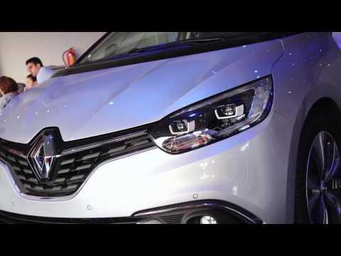 Lanzamiento de coche Renault