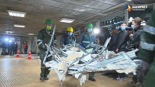 Evacuarea spaţiilor comerciale a început la staţia de metrou Ştefan cel Mare