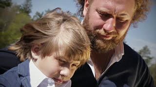 Бабкины Внуки - Бессмертный полк (Официальный Клип)
