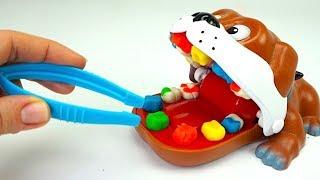 Распаковываем игрушку с пластилином для детей