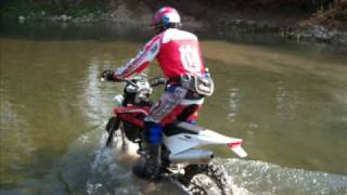 preview picture of video 'enduro - Le gallerie'