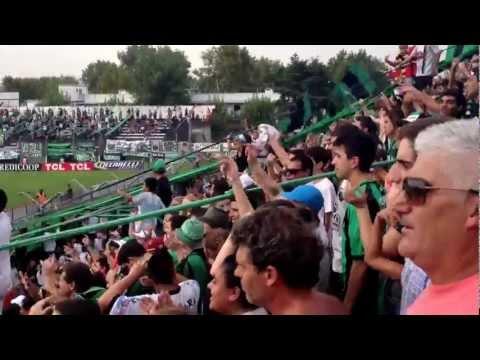 """""""Nueva Chicago - Sarmiento. Escuchen, corran la bola..."""" Barra: Los Pibes de Chicago • Club: Nueva Chicago • País: Argentina"""