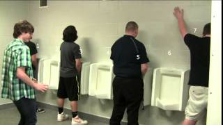Bathroom Etiquette with Cassten