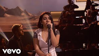 Gambar cover Zedd, Alessia Cara - Stay (Live On The American Music Awards - 2017)