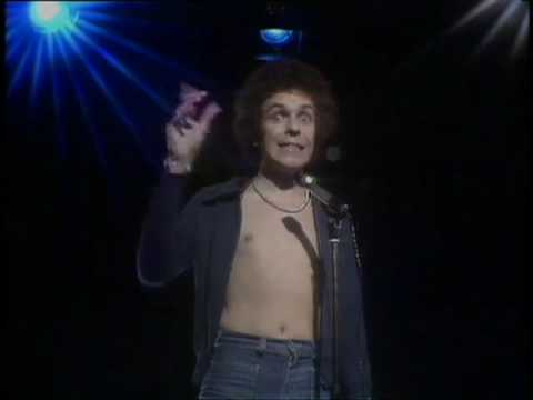 Leo Sayer - Long Tall Glasses (I Can Dance) [Official Video]
