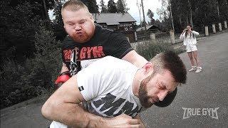 Дацик вырубает тренера / Попробуй попади по боксеру