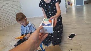Подарки на НГ. IPhone X распаковка. Apple iPhone X Unboxing