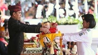 Momen Jokowi Nyaris Lakukan Kesalahan Fatal saat Upacara Bendera, Beruntung Ruth Membisikinya