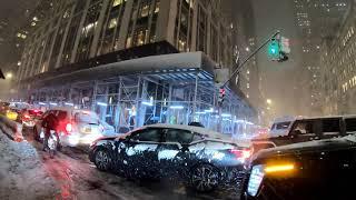 Гуляя по улицам современного Нью-Йорка - Видео онлайн