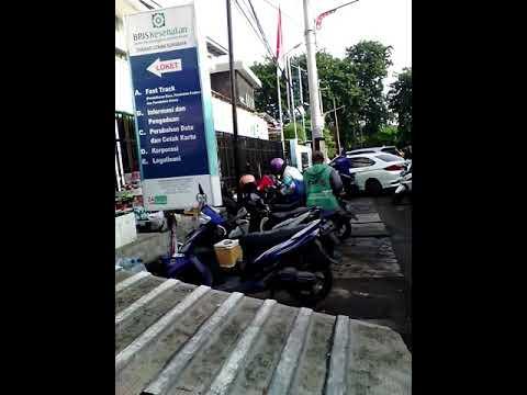 Suasana kantor BPJS kesehatan Surabaya Timur