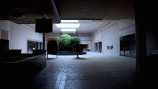 DEAD MALL SERIES : Abandoned Frederick Towne Mall