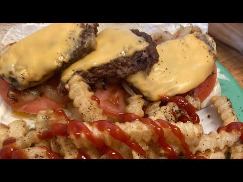 Looks Good: Cheese Burger Sub