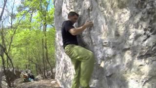 preview picture of video 'Bouldern in Baden - Detlef 5c trav.'