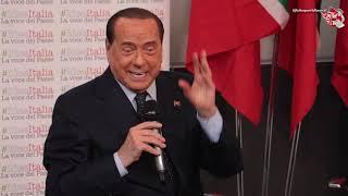 """Berlusconi: """"Cosa penso di Greta?"""" Ma lui risponde con una barzelletta su donne svedesi e Viagra"""