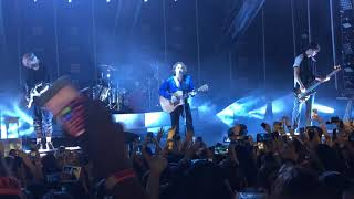 Ghost Of You - 5 Seconds Of Summer (Michigan 9-11-18)