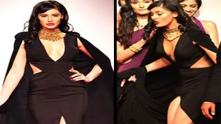 Nargis Fakhri's dress RIPS APART | SHOCKING WARDROBE MALFUNCTION