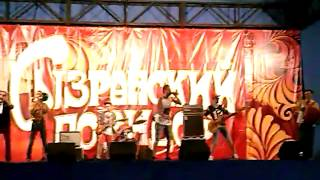Популярная группа и живая музыка на празднике Сызранский помидор