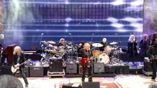 "Joe Walsh performs ""I Can Play That Rock & Roll"""