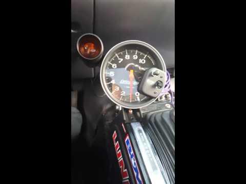 Autometer autoguage monster tach