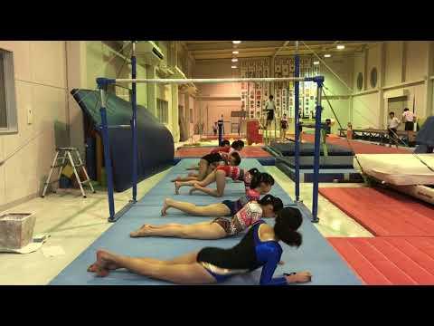【JC女子体操盗撮動画】7人のJSとJCがピチピチレオタードを着たまま体操クラブでウォーミングアップを隠しカメラ撮りww |