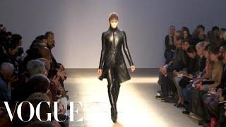 Fashion Show - Gareth Pugh: Fall 2010 Ready-to-Wear
