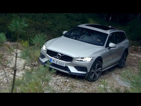 Volvo S 60 Cross Country Седан класса D - тест-драйв 3