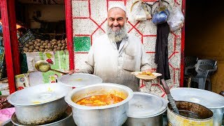 Street Food in Gilgit + PAKISTANI VILLAGE FOOD | Ultra Happiness in Gilgit-Baltistan, Pakistan!