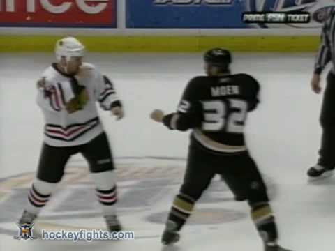 Travis Moen vs. James Wisniewski