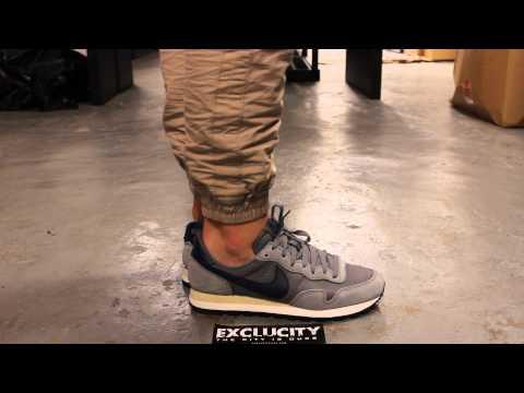 "Nike Air Pegasus 83 QS ""Grey/Navy"" - On Feet Video @ Exclucity"